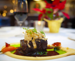 Award Winning Restaurant with Huge Profits for Sale in Pinellas County